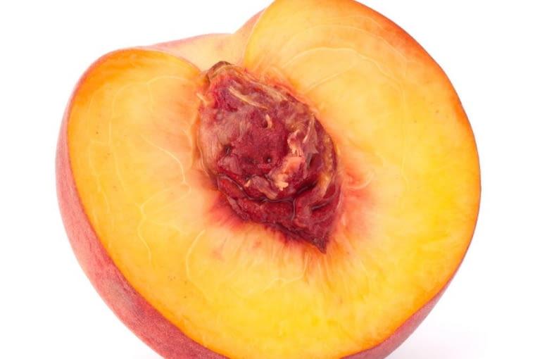 Brzoskiwnia, jadalne owoce, owoce energetyzujące
