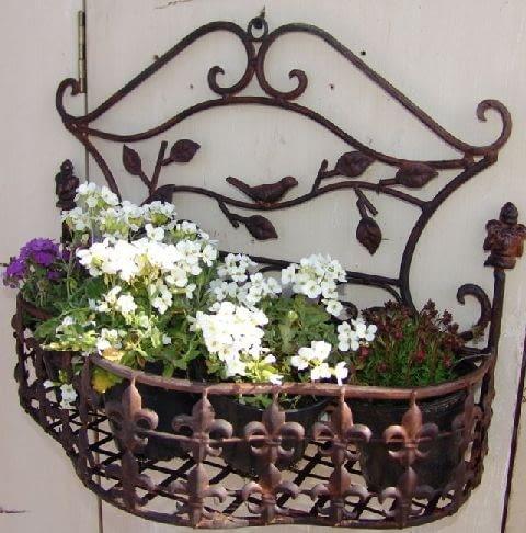 półka z metalu na kwiaty,ogród,ozdoby ogrodowe