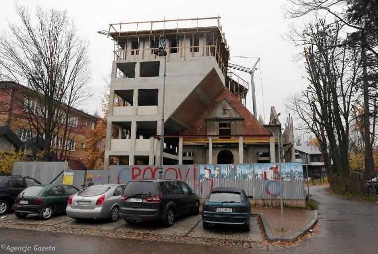 Makabryła 2017 - przebudowa willi Monte w Zakopanem.