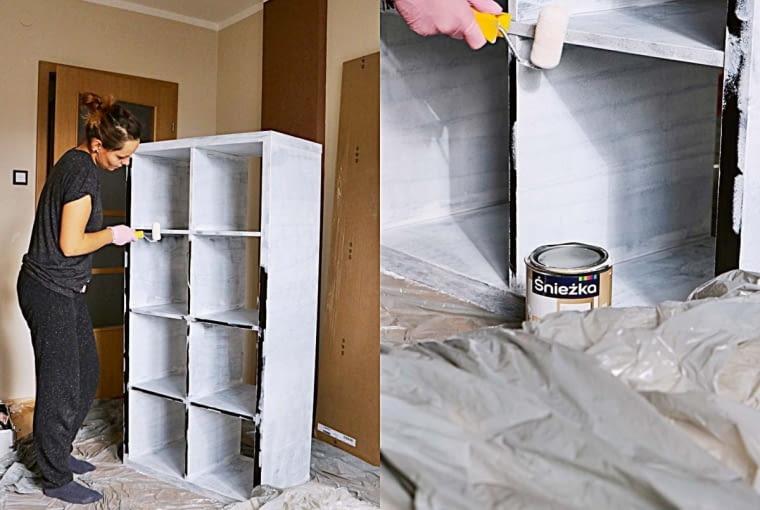 PO ZMIANIE. Regał Kallax zIKEA pomalowałyśmy białą akrylową emulsją do drewna. Wprzegródki włożyłam jednolite wkłady-szuflady obłożone washpapą (widać je na zdjęciu poniżej). Itak zyskałam dodatkowe schowki oraz... trochę miejsca wpokoju, bo teraz regał stoi wpionie.