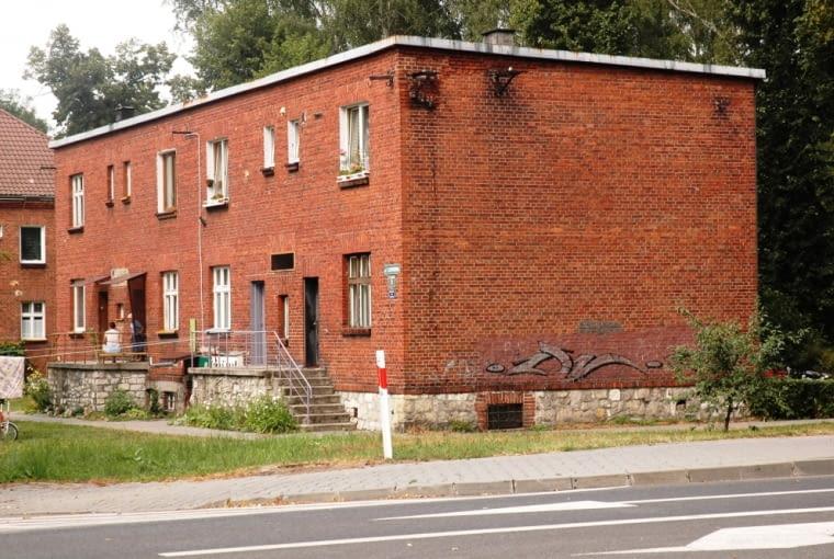 Chełmek, ośmiorodzinne domy dla pracowników