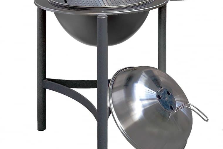 Grill węglowy 1900 DANCOOK/Leroy Merlin   Ruszt z 6-milimetrowej stali pokrytej chromową powłoką. Cena: 1399zł, www.leroymerlin.pl