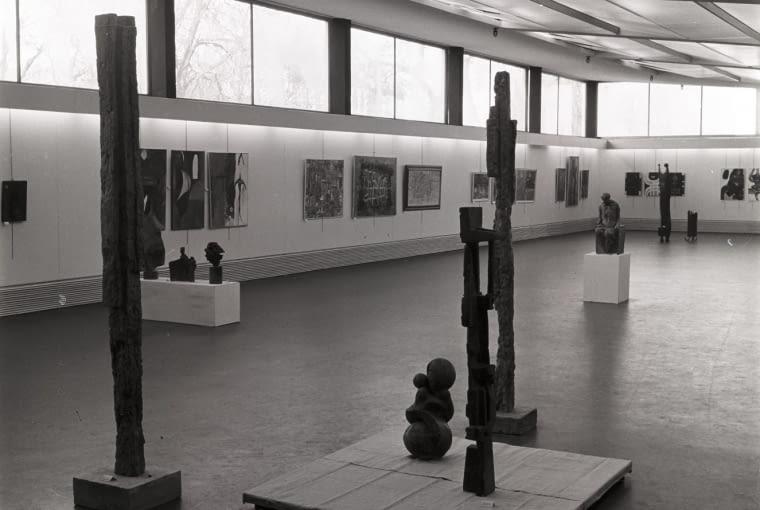 Przestrzeń ekspozycyjna na I piętrze MPW, lata 60. XX wieku, fot. Daniel Zawadzki, z zasobu archiwum artysty