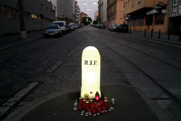"""""""Tombstone"""", Wiedeń, Austria 2013"""