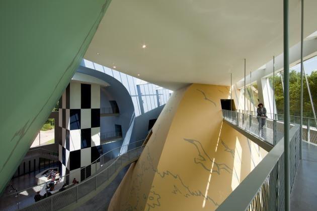 muzeum herge, belgia, portzamparc