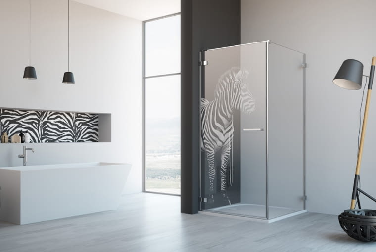 Kabiny prysznicowe z grawerem - oryginalna dekoracja łazienki