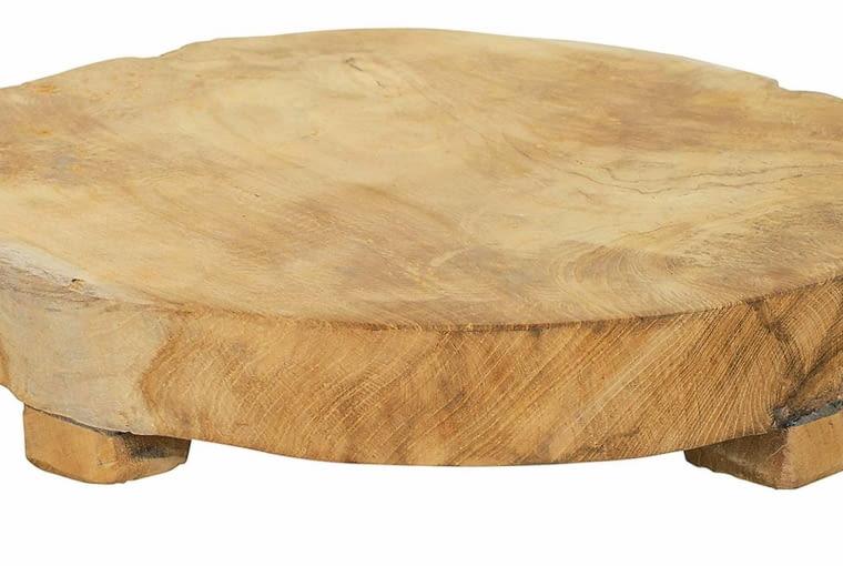 taca z drewna tekowego, westwing, dodatki do szarych wnętrz