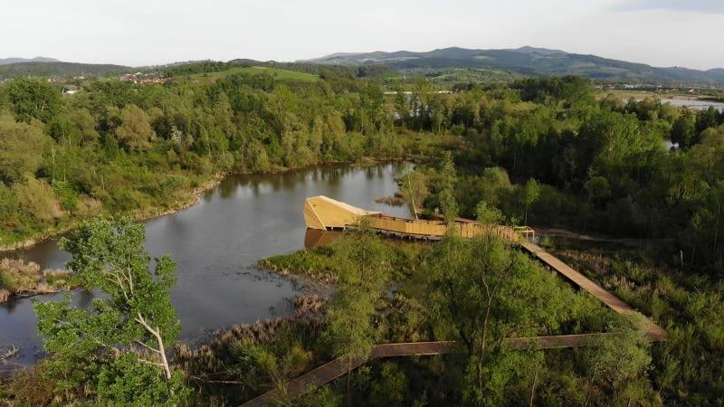 Enklawa Przyrodnicza Bobrowisko; proj. 55Architekci
