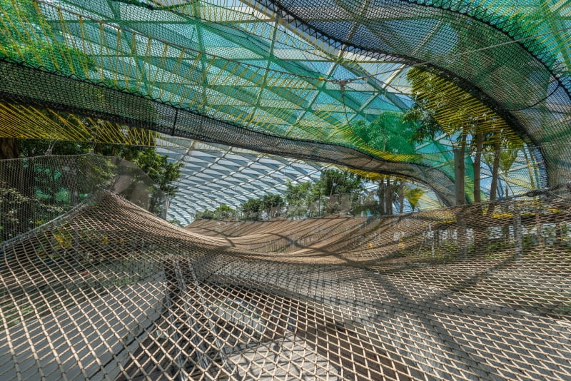 Nowa część lotniska Jewel Changi Airport. Proj. Safdie Architects.