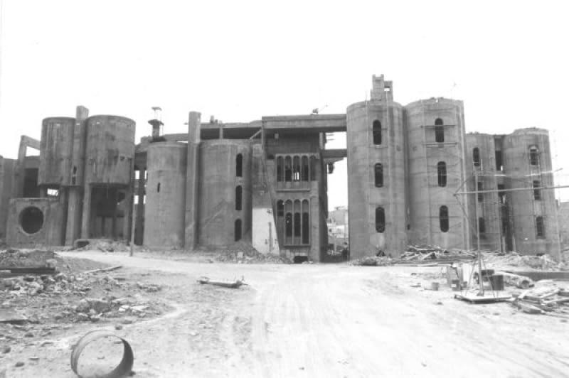 Metamorfoza starej fabryki cementu pod Barceloną
