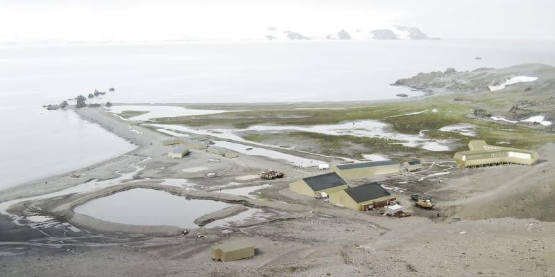Stacja Antarktycznej im. Henryka Arctowskiego na wyspie Króla Jerzego w archipelagu Szetlandów Południowych.