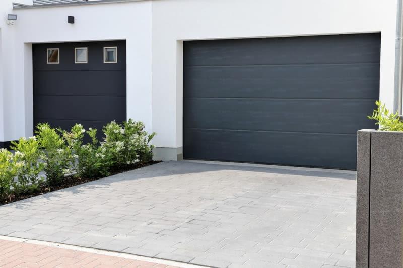 Zalety segmentowych bram garażowych