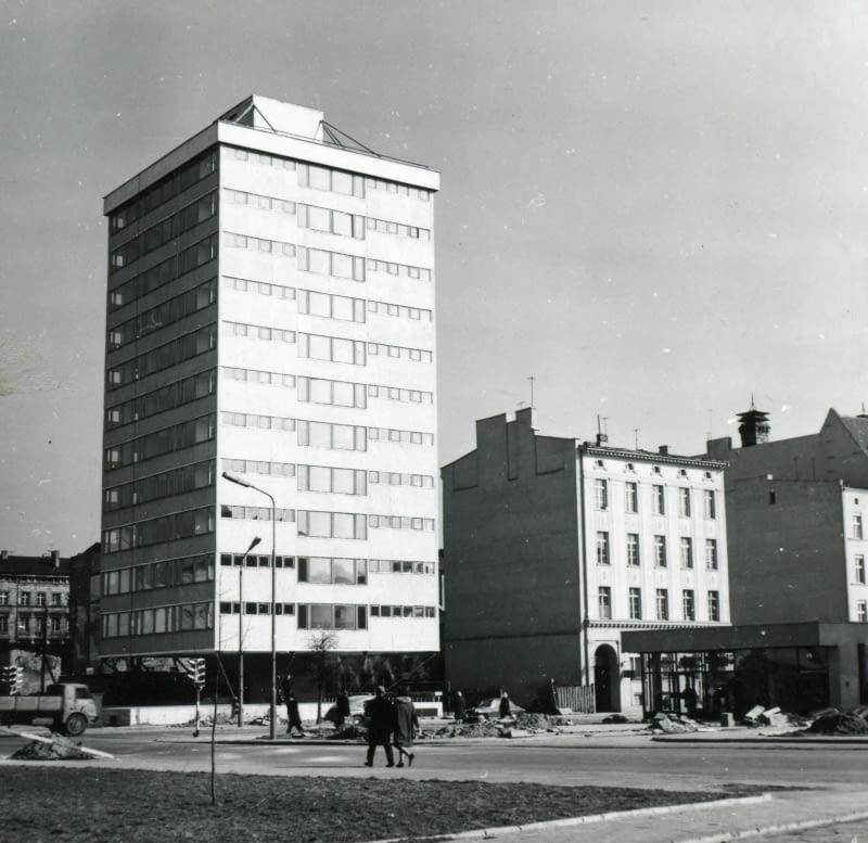 Trzonolinowiec u zbiegu ulic T. Kościuszki i Dworcowej