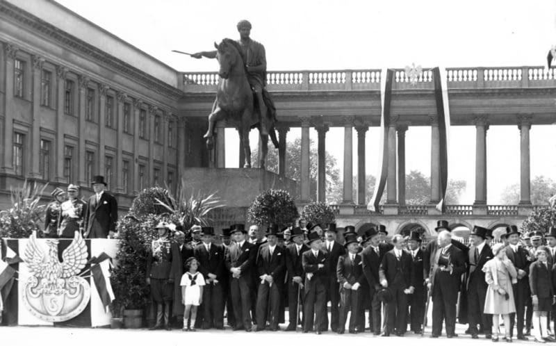 Pałac Saski w międzywojniu