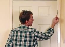 regulacja drzwi