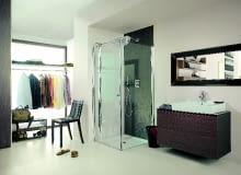 90 cm - to minimalna szerokość zapewniająca wygodę w kabinie prysznicowej
