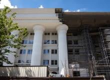 """Skopje 2014 - nowe """"zabytki"""" Skopje - budynek Poczty Macedońskiej"""