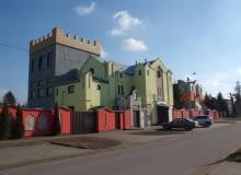 Kolorowa zabudowa Rybna (woj. warmińsko-mazurskie)