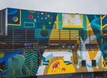 Mural inspirowany literaturą Stanisława Lema na Galerii Krakowskiej. Autor: Marcin Czaja