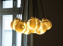 lampa z filiżanek