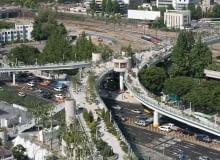 Zniszczona estakada w Seulu zamieniła się w zielony, miejski deptak Projekt: pracownia MVRDV