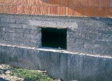ocieplenie ścian piwnic