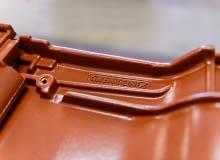 Jak zbudowana jest dobra dachówka ceramiczna