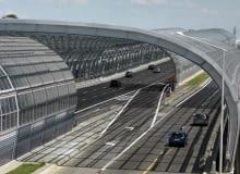 Szklane tunele na trasie AK