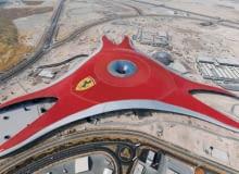 ferrari, yas, zjednoczone emiraty arabskie, muzeum, największe na świecie, abu dhabi