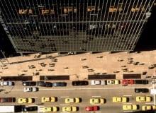 Seagram Building na Manhattanie przy 375 Park Avenue. Perfekcyjna czysta forma, która przypieczętowała nastanie nowej ery drapaczy chmur