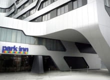 Ovotz design lab., jurgen mayer, hotel, kraków, Park Inn, architektura, projekt, futuryzm, elewacja