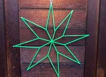 Jak zrobić minimalistyczną dekoracyjną gwiazdkę?