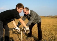 Badanie geotechniczne - ręczne wykonywanie odwiertów (już rzadko spotykane)