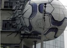 Piłka a architektura