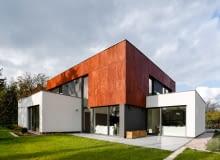 Wnętrze domu jednorodzinnego we Wrocławiu: Pracownia Projektowa Olejnik