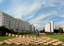 15.07.2012 , WARSZAWA , PLAC ZABAW REPLAY NA TYLACH URZEDU DZIELNICY TARGOWEK . FOT. STEFAN ROMANIK / AGENCJA GAZETA