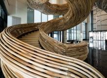 klatka schodowa w drewnie