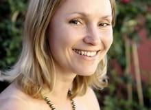 28.06.2010 WARSZAWA , PROJEKTANTKA TARASOW DLA MIESIECZNIKA OGRODY ELIZA ROZOWICZ ( RÓŻOWICZ ).
