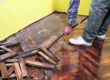 Zrywanie podłogi