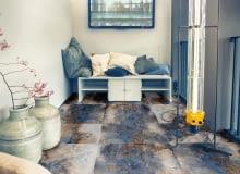 +47793356 - detail of corner in garden house