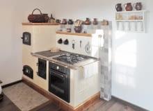 Kiedy przyszło do wykończania wnętrz, pani Magda uparła się, że w domu musi pojawić się kuchenny piec - taki, jak był u babci.