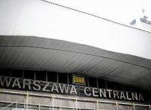 01.09.2010 WARSZAWA , DWORZEC CENTRALNY. FOT. FILIP KLIMASZEWSKI / AGENCJA GAZETA