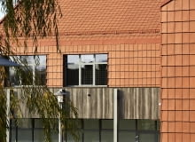 Szkoła Podstawowa im. Jana Pawła II w Psarach. Proj. Krzysztof Mroziuk i Karol Pietrucha, Mroziuk Architektura