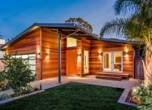 Dom zgodny z naturą. Coraz więcej domów z drewna lub gliny i słomy