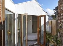 Australia, dom, przebudowa domu, przebudowa, mały dom