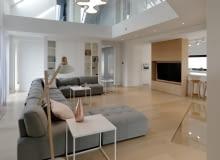 Ciepły minimalizm - nowoczesne wnętrza pod Poznaniem