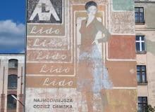 Łódzkie Murale - Lido, najmodniejsza odzież damska. Mural zachowany w dobrym stanie.