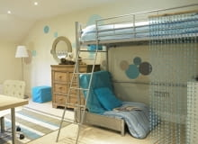 12 Oct 2006, Cheshire, England, UK --- Children's Room with Loft Bed --- Image by Abode/Beateworks/Corbis