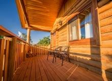 Czy warto budować domy z drewna?