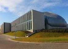 Budowa obiektu trwała dwa lata. Funkcję generalnego wykonawcy inwestycji pełniła firma Skanska.